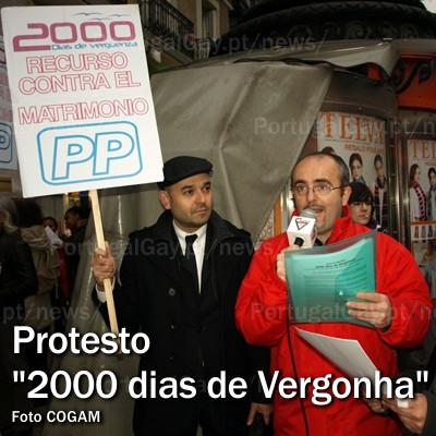 ESPANHA: Activistas LGBT protestam contra 2000 dias de vergonha do Partido Popular