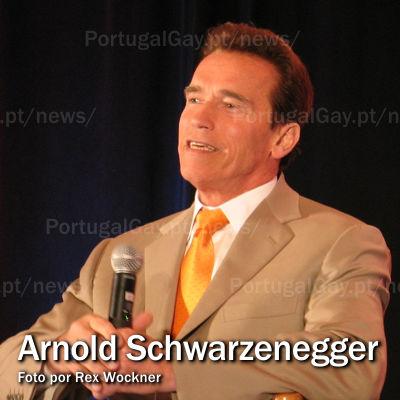 """CINEMA: Personagem de Arnold Schwarzenegger em """"Os Mercenários 3"""" é gay"""