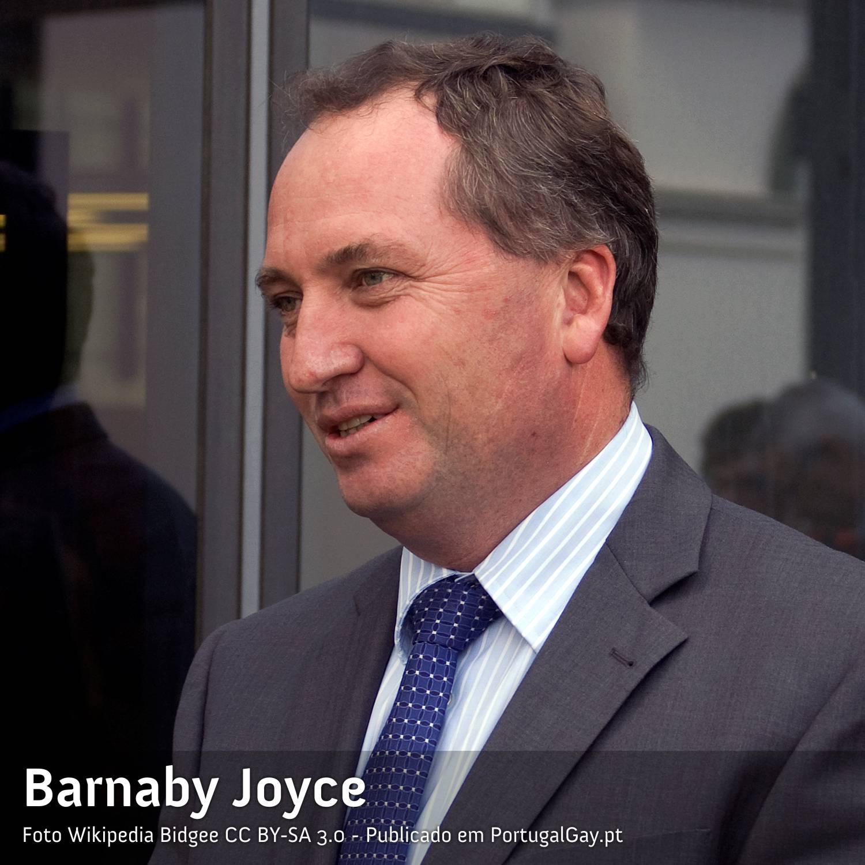 AUSTRÁLIA: Político que disse que o casamento gay era errado demite-se ao engravidar amante