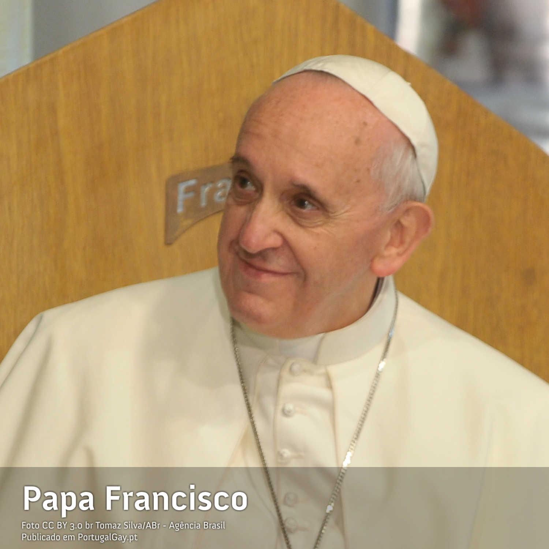 RELIGIÃO: Papa Francisco teme que a homossexualidade se torne numa moda na Igreja